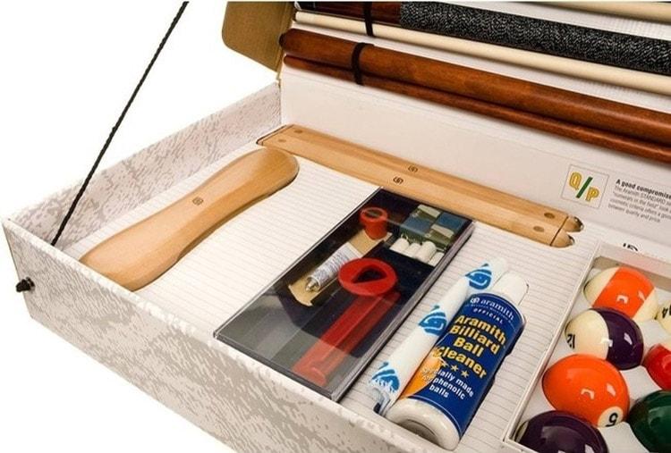Aramith billiard accessories kit